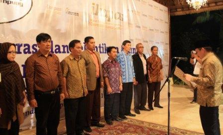Perkuat Jaringan Antar Alumni, UBL Lantik 250 Alumni ke Dalam IKAPAS